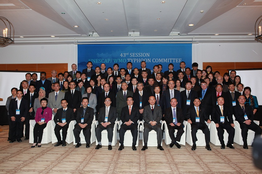 http://www.adrc.asia/adrcreport_e/items/Group_Photo.JPG