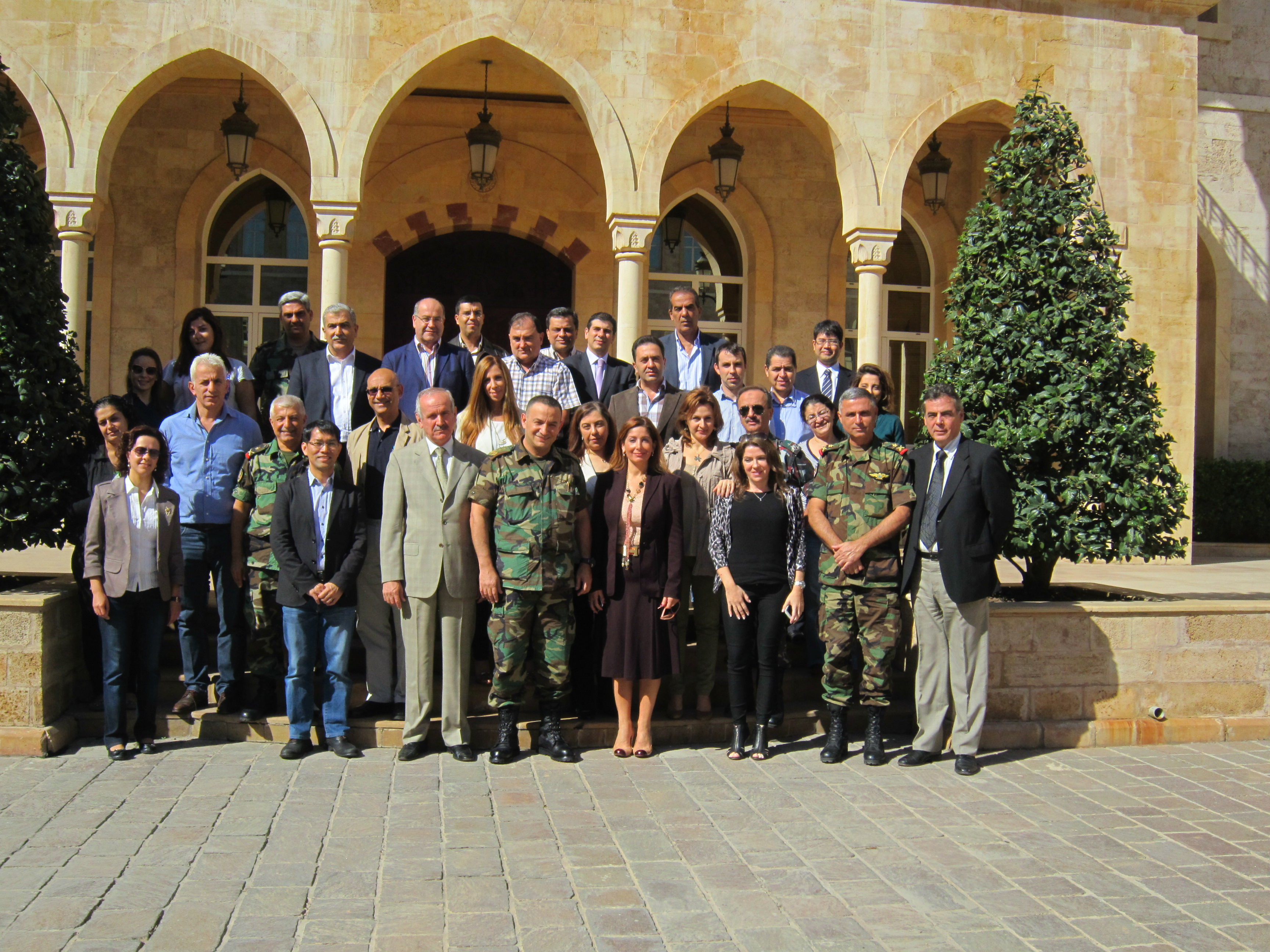 http://www.adrc.asia/adrcreport_j/items/Lebanon%20%282013%29.JPG
